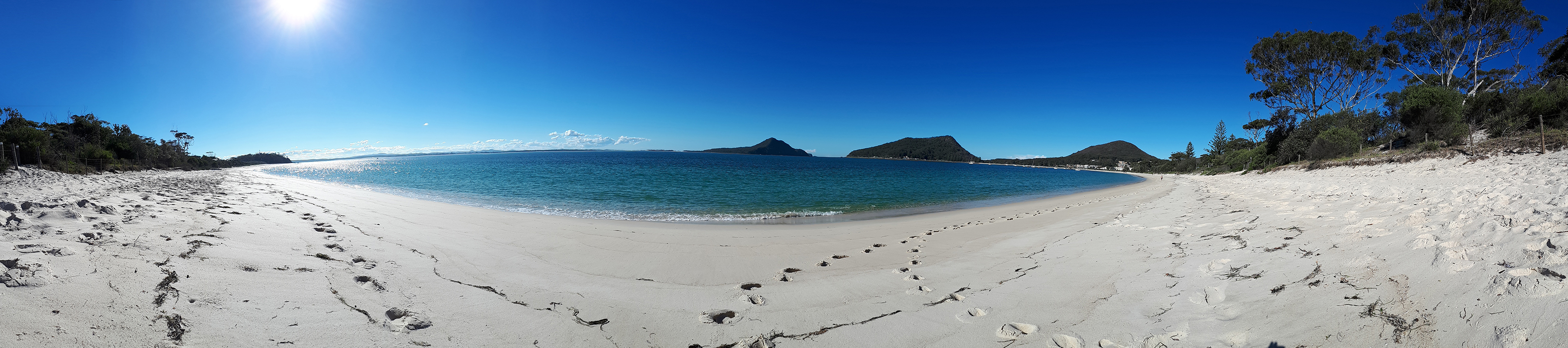 photograph of shoal bay in port stevens north of newcastle australia
